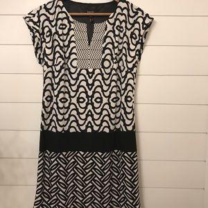 Laundry by Shelli Segal Black white shift dress XS